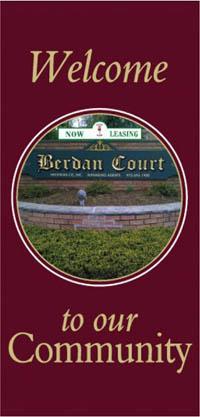 Outdoor Street Poll Banner - Court Community