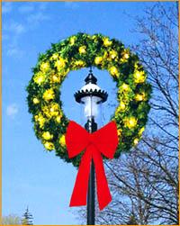 Lamppost Wreath LP320